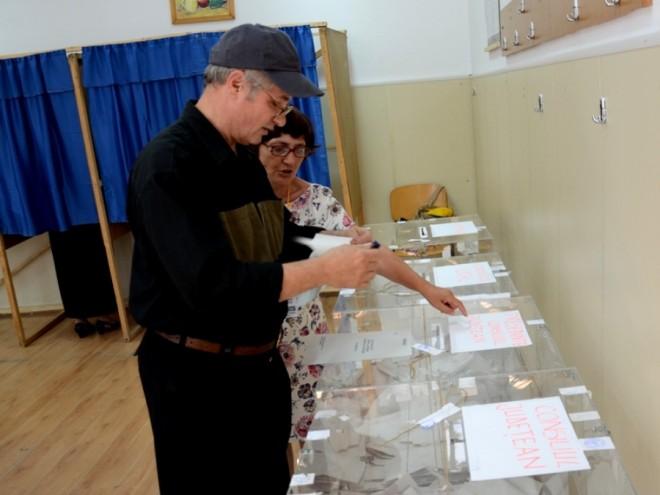 SURSE/ Presedintii de Consilii Judetene, alesi prin vot UNINOMINAL