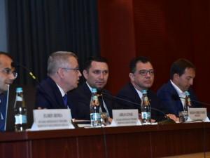 Problemele din sistemul achizițiilor publice dezbătute la Ploiești