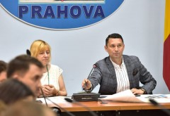 CJ Prahova a impartit bani la Primãriile din judet. 28,5 milioane de lei, pentru proiecte de dezvoltare locala