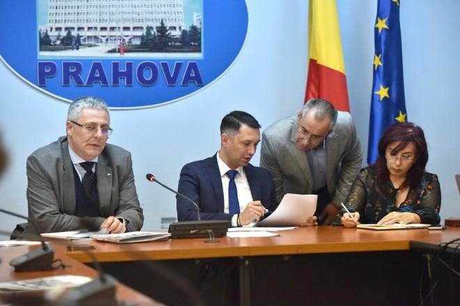 Fapte, nu vorbe! Prahova, pe locul 1 in topul accesarii fondurilor europene: 500 MILIOANE DE EURO, bani pentru dezvoltarea judetului