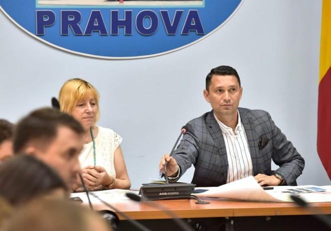 Fapte, nu vorbe! Noi locuri de munca in Prahova, create cu sprijinul Consiliului Judetean: O firmă din sectorul auto face prima investiție în Parcul Industrial Bărcănești