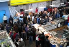 Fãtãlailor din Primaria Ploiesti, INCHIDETI Halele si pietele aglomerate si insalubre!!!