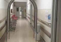 Trei tuneluri de decontaminare au fost instalate la Spitalul Județean de Urgență Ploiești