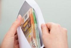 """""""Mercurialul"""" angajărilor la stat: 3.000 de euro pentru un post de infirmieră"""