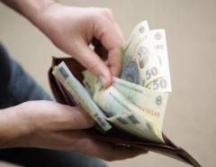 Continuă colectarea taxelor şi impozitelor la domiciliu. Vezi ce străzi urmează