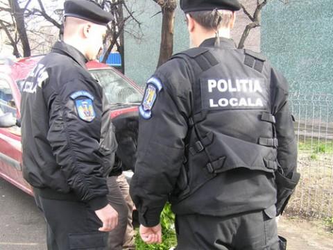 Poliţiştii locali din Ploieşti vor primi normă pentru hrană. Află cu cât îşi rotunjesc veniturile