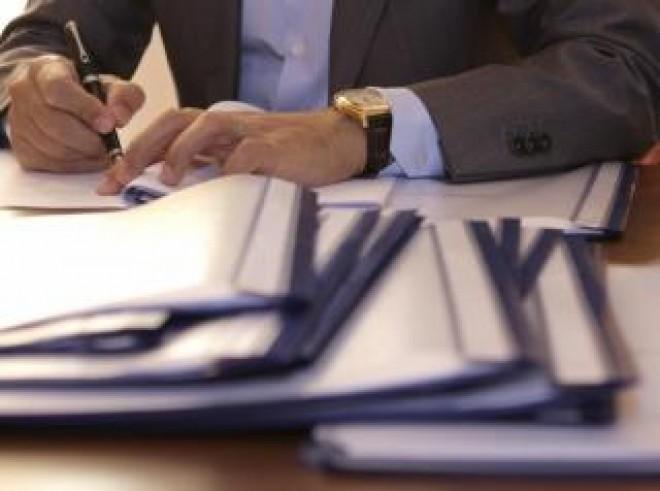 S-a amanat semnarea contractelor de investitii din fonduri structurale la Jugureni, Gornet si Cerasu