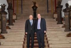 Mircea Cosma s-a întâlnit cu ambasadorul Marii Britanii. Vrea să aducă investitori în Prahova