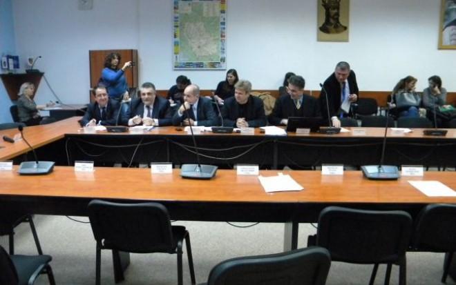 Primarul Iulian Teodorescu convoacă Consiliul Local Ploiesti în ŞEDINŢĂ ORDINARĂ