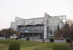 Ploieştenii se plâng de lipsa toaletelor publice la Sala Sporturilor Olimpia