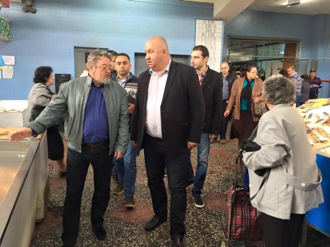 """Cristian Ganea, in vizita de lucru la Halele Centrale: """" Am descoperit numeroase nereguli"""""""