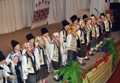 O delegatie a Centrului Judeţean de Cultură Prahova şi a CJ Prahova a participat la Zilele Culturii Tradiţionale Româneşti la Cernăuţi