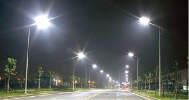 Beznã in Primaria Ploiesti pe tema iluminatului public. Sa ne rugam sa nu se defecteze nicio instalatie