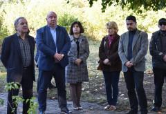 Autoritati locale si judetene, prezente la comemorarea victimelor Holocaustului. Depuneri de la flori la Cimitirul Evreiesc din Ploieşti