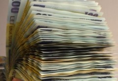 Pensii speciale de mii de lei pentru primari