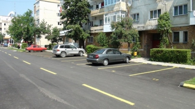 Uniunea Asociatiilor de Proprietari Prahova: Suma de 300 de lei anual pentru parcari condominiale este o aberatie