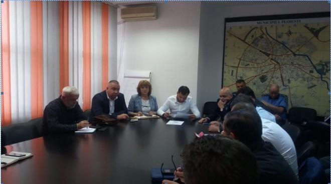 Comitetul Local pentru Situații de Urgență/ Autoritatile, pregatite sa intervina in caz de inundatii in Ploiesti