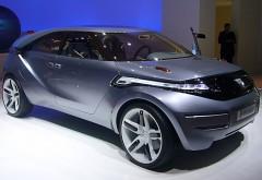 Imagini cu noul model Dacia SUV. Autoturism camuflat, surprins la teste SECRETE pe Transalpina