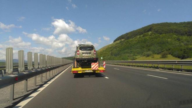 Dacia Duster Army cu șenile sau un nou proiect special pentru export?