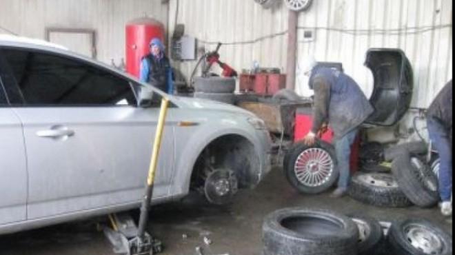 CAUCIUCURI DE IARNĂ. Cât te costă anvelopele de iarnă şi cât costă montarea lor pe maşină