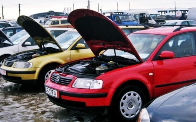 Lovitură pentru români: Cei care au mașini Volkswagen trebuie să plătească o nouă taxă