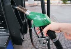 Veşti bune pentru toţi şoferii! Benzina şi motorina s-au ieftinit considerabil