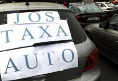 TAXA AUTO dispare, dar vor fi impozite mari pentru maşinile poluante