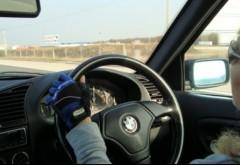 REGULI NOI pentru şoferii care au maşini cu volanul pe partea dreaptă. În ce condiţii vor mai putea circula în România