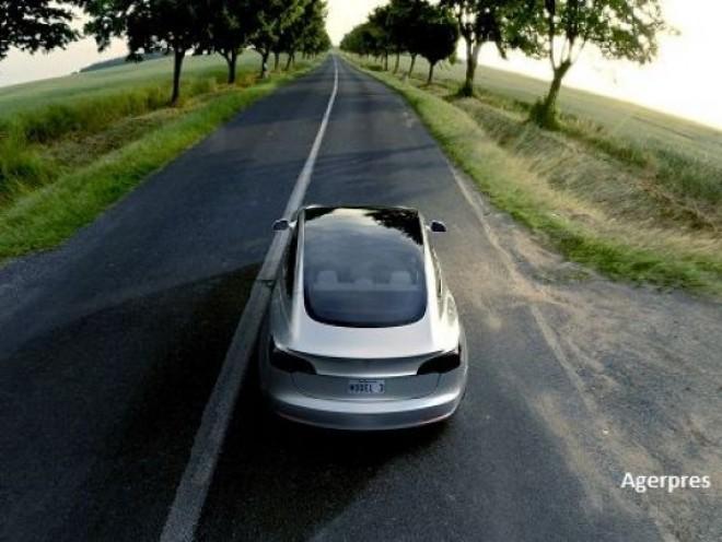 "Tesla vrea sa deschida o ""megafabrica"" in Europa. Ce tari vizeaza"