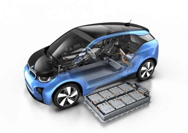 BMW i3 RESTILIZAT va fi prezentat în acest an. Când încep LIVRĂRILE
