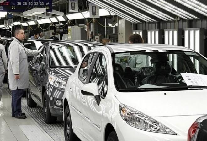 Grupul francez Peugeot confirmă achiziţia istorică a brandului german Opel după ce a stat 90 de ani la americanii de la General Motors, într-o tranzacţie de 2,3 miliarde de dolari