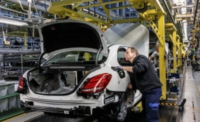 Un gigant auto recheamă în service SUTE de mașini din România. Probleme la sistemul de frânare