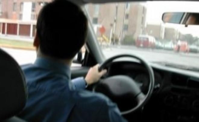 Lovitură pentru șoferi: Dacă nu-și plătesc amenzile în 30 de zile, ar putea rămâne fără carnet