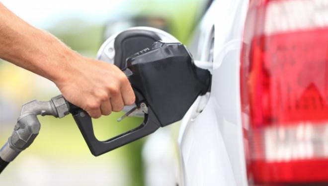 Preţul carburanţilor tot creşte. Motorina a ajuns mai scumpă decât în Spania sau Austria