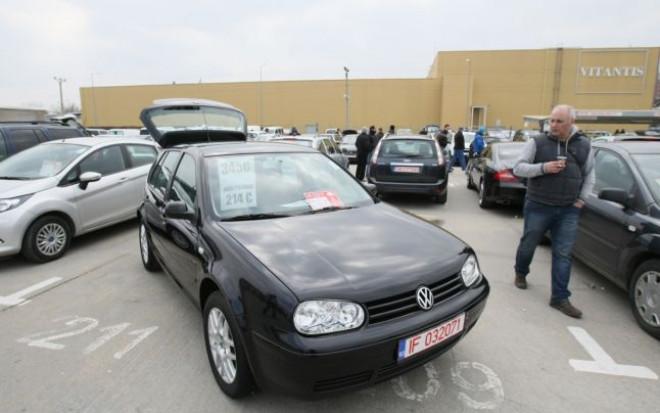 Ce riscă românii care cumpără maşini la mâna a doua. Măsura se aplică din 20 mai