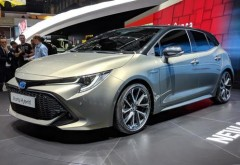 Toyota va rechema în service un milion de mașini