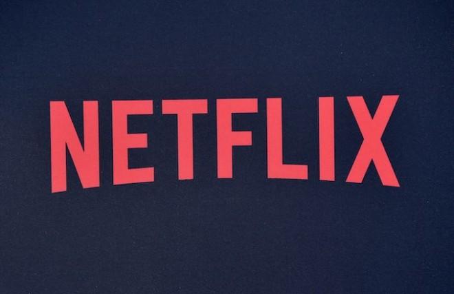 Netflix, în cădere liberă. Acțiunile companiei au scăzut cu 46% de la începutul anului; Apple și Disney lansează servicii rivale