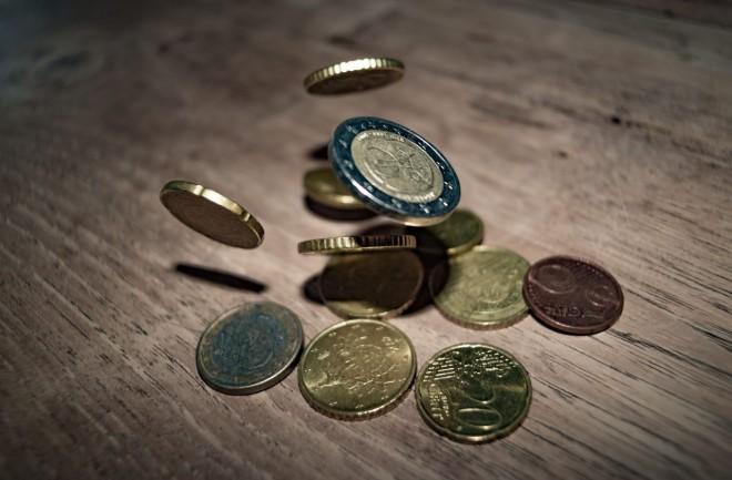 Ai angajați în concediu medical? Știai că poți primi integral banii înapoi din FNUASS?
