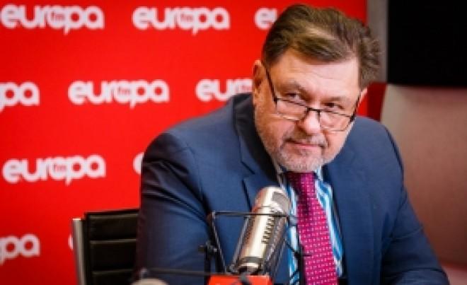 Alexandru Rafila, despre repornirea economiei: 'Angajatorii ar trebui să decaleze programul de lucru. Trebuie schimbat și conceptul de curățenie'