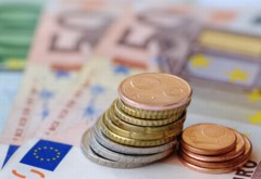 Vești bune pentru românii cu credite în euro