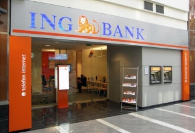 ING va concedia mii de angajați