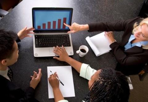 Modificare importantă propusă pentru firme: Dividendele să poată fi luate trimestrial, la jumătate