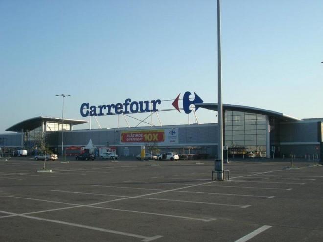 Carrefour va înfiinţa prima cooperativă agricolă în România