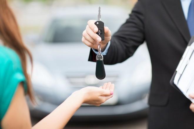 Vrei sa apelezi la servicii de rent a car? Iata cateva reguli de baza