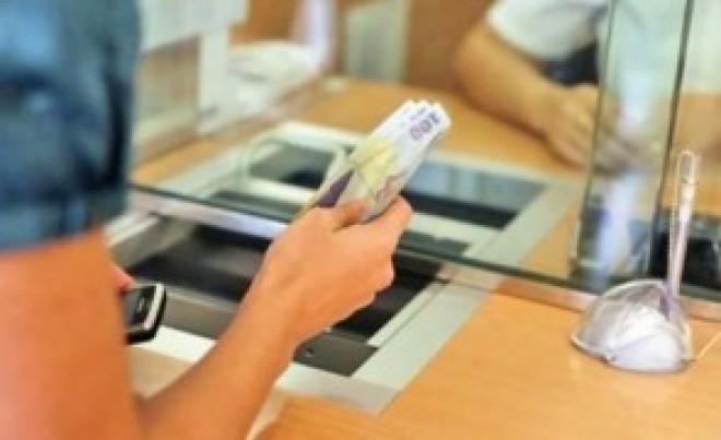 Vești PROASTE pentru românii cu credite în lei. BNR a făcut anunțul