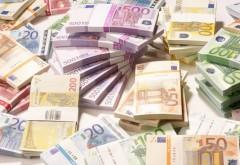Bani pentru firmele care angajează stagiari pe toată perioada contractului