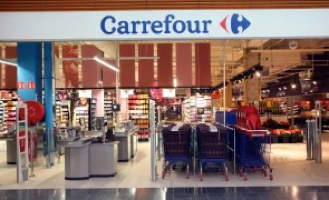S-a decis că e ILEGAL: Cum PĂCĂLEȘTE Carrefour milioane de români