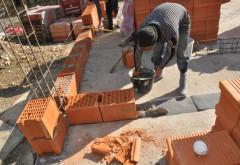 Lucrările de construcţii au scăzut cu peste 7% în primele şase luni din 2017