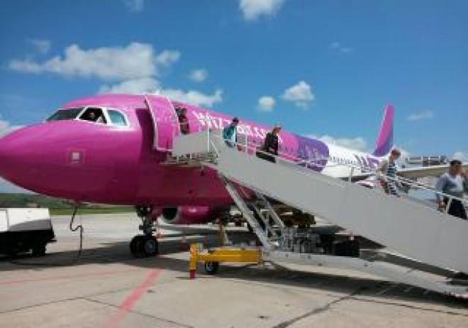 Wizz Air ar urma să zboare din Londra spre Statele Unite și Canada