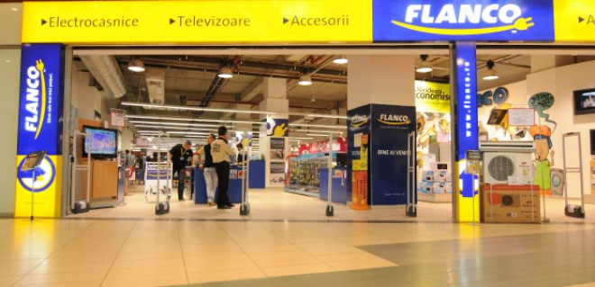 Flanco isi inchide magazinele din mall-uri